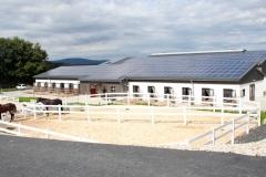 Neubau Reiterhof mit Außenanlagen in Tierstein